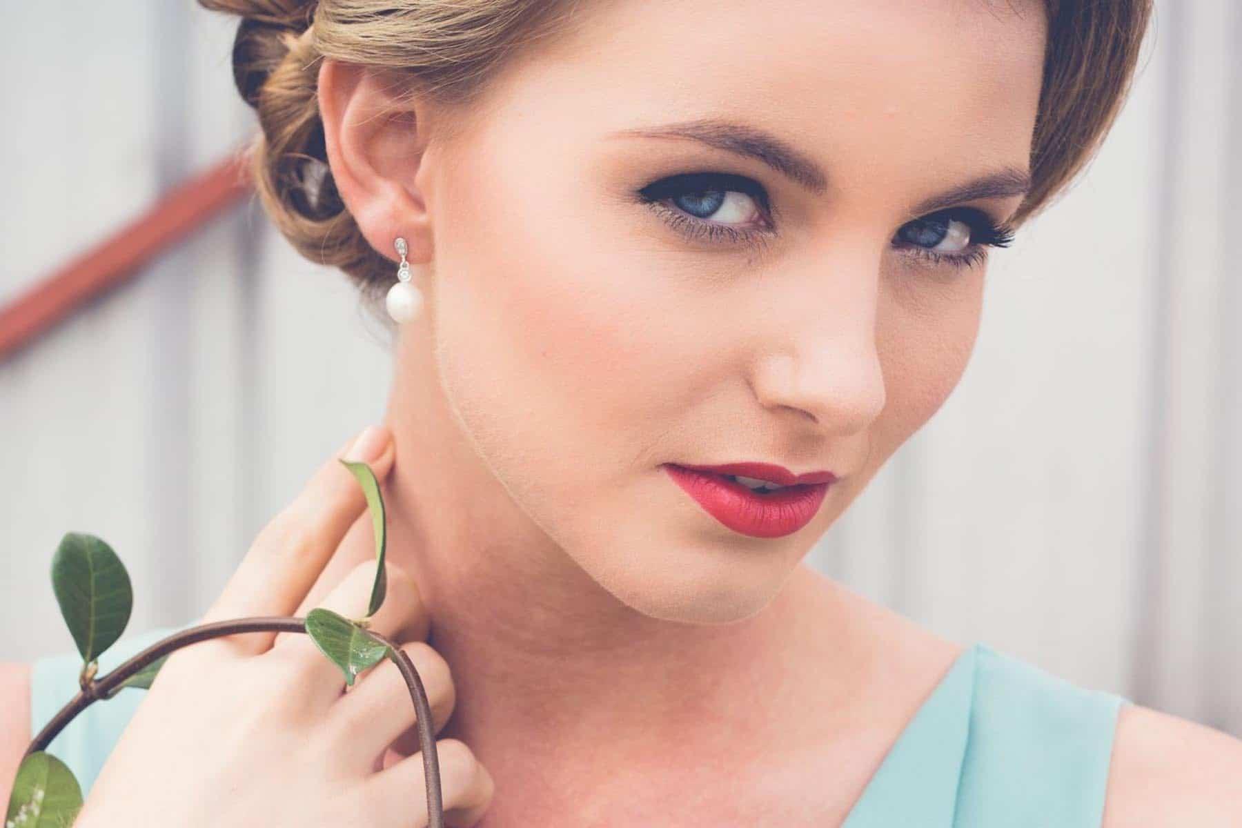 Sapphire Secrets- Loving Your Lips!